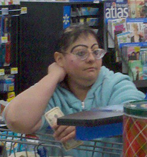 bad eyebrows, funny eyebrows, bad makeup,  worst eyebrows, ugly eyebrows, horrible, terrible, cholo, nasty, creepy, eyebrow fails, unibrows, wtf, bad family photos, awkward People of Walmart