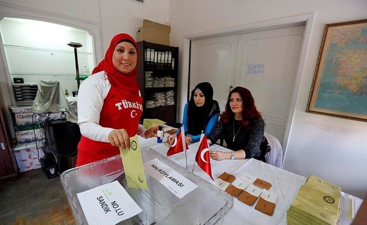 Turkish cast their votes prior to Turkey's upcoming constitutional referendum at the Embassy in Beirut. (Ratib Al Safadi / Anadolu Agency) http://pow.photos/2017/lebanon-pow-6-12-april/