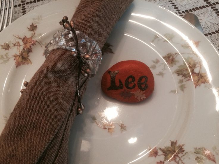 Hand painted stone -Thanksgiving table place marker | Perpetual Motion ...
