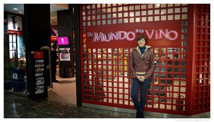 @MyMentrecopas en @mundodelvinocl de Alto Las Condes