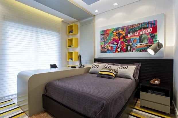 Amplitude e cor em apartamento familiar (Foto: Rogério Cajui/divulgação) LUMINÁRIA
