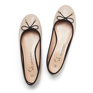 Balerinacipő loving the latest line in Avon footwear xx