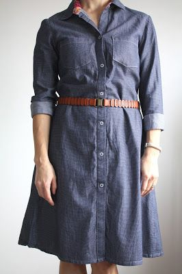 Nicole at Home. Sewaholic Granville Shirt lengthened into shirtdress. Front.