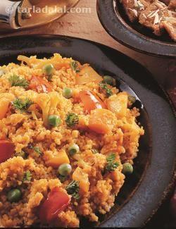 65 Khichdi Recipe, Gujarati Khichdi Recipe on Tarladalal.com