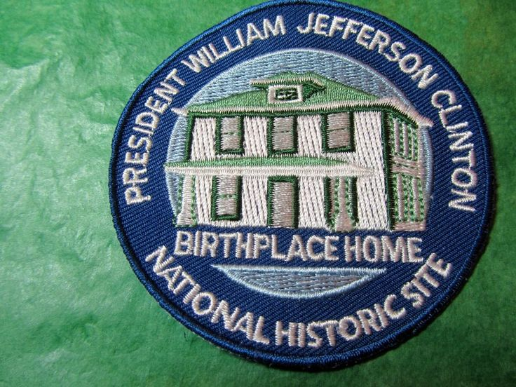 PRESIDENT WILLIAM JEFFERSON CLINTON N H S  EMBROIDERED PATCH HOPE ARKANSAS (433)