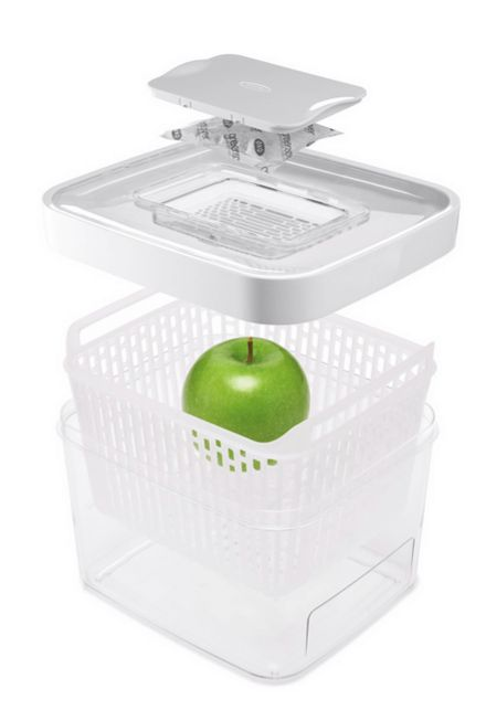 OXO Greensaver Produce Keeper Review & Giveaway ~ http://steamykitchen.com