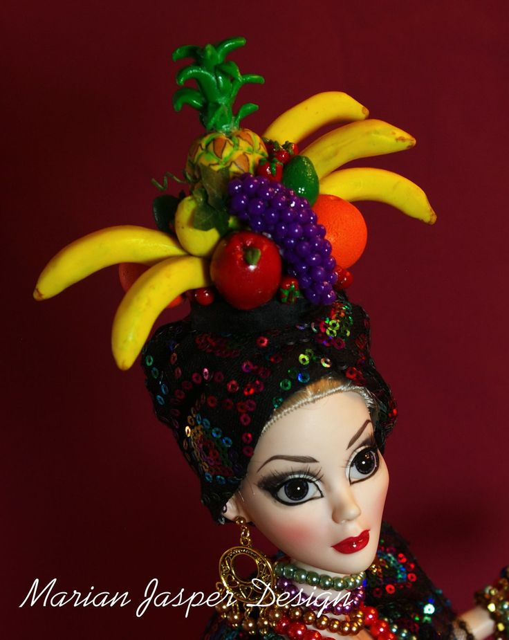 Evangeline Ghastly tribute to Carmen Miranda by Marian Jasper photo 2