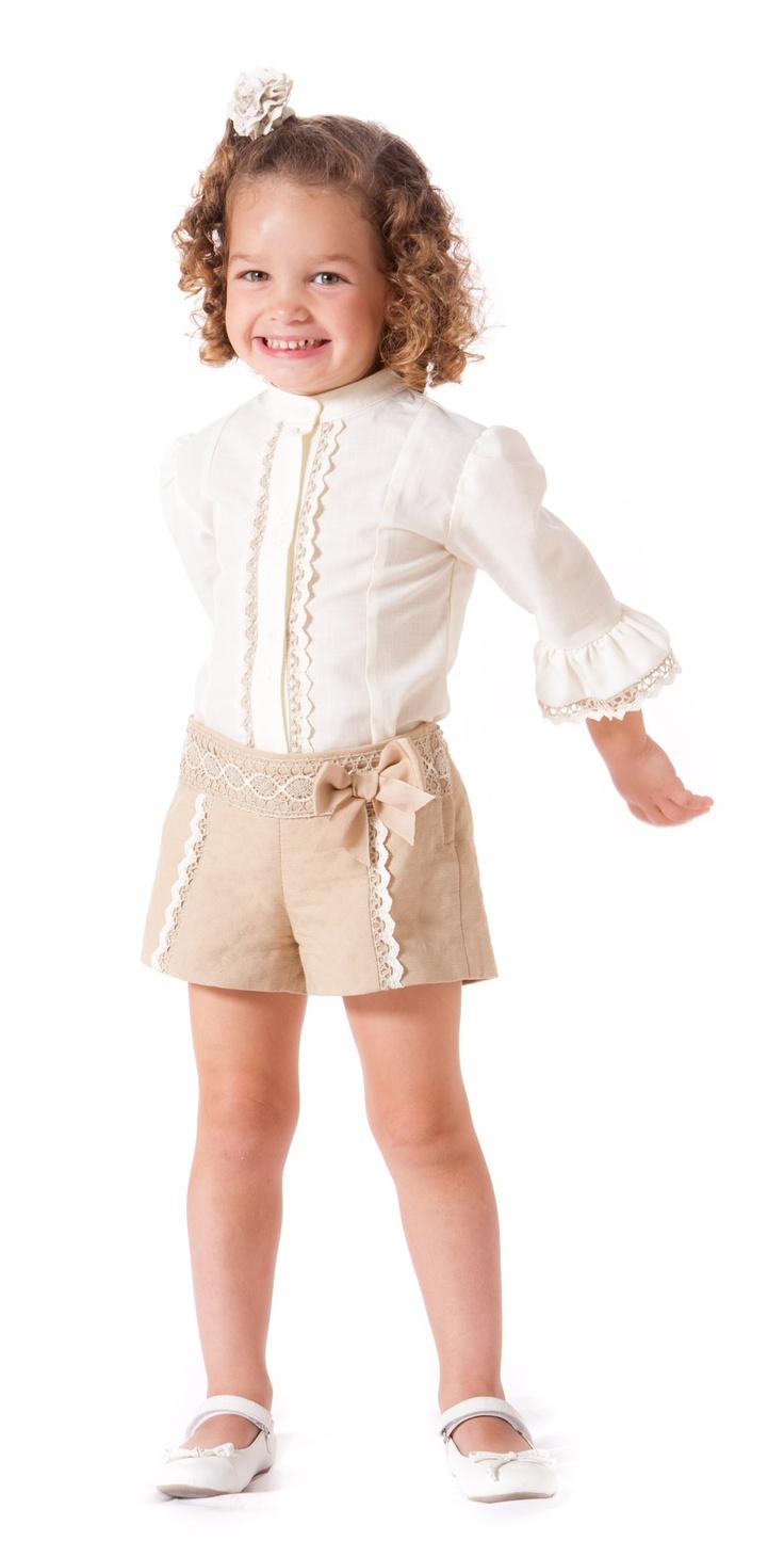 Conjunto de short y camisa para niña paraisobebe.com ropa, bebé, verano, primavera, infantil, niña, moda SOLO MODELO. V.