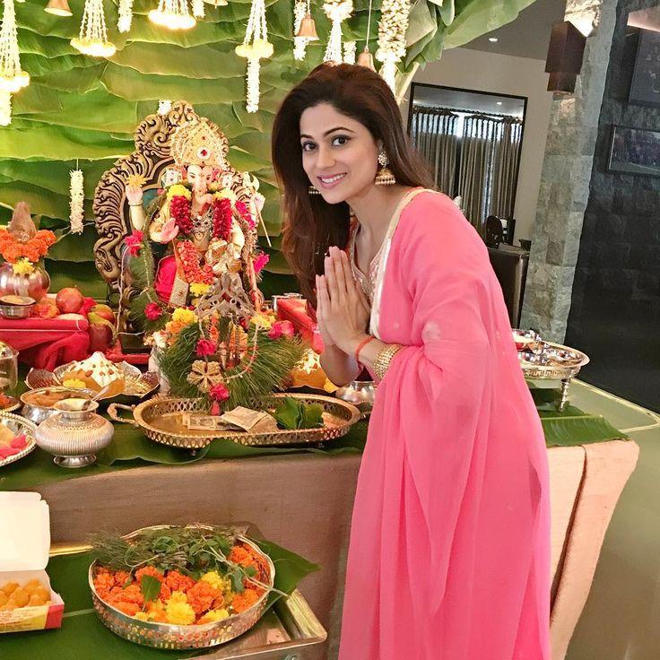 Seeking Ganeshji s blessings ❤️