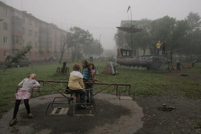 architectureofdoom:  Playground in Petropavlovsk-Kamchatsky, Russia, by Sergey Maximishin