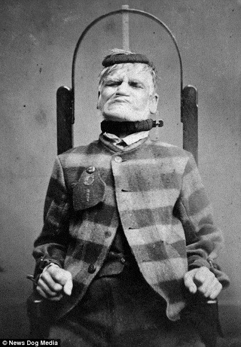 Portraits of patients at Victorian lunatic asylum treated for 'mania and melancholia' | Daily Mail Online