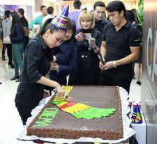 15 ноября, в ТЦ «Алмалы» прошло празднование Дня рождения кинотеатра  Premium-класса «Bekmambetov Cinema»Кинотеатр Тимура Бекмамбетова «Bekmambetov Cinema» отработал на рынке 1 год. Этот год для кинотеатра прошёл продуктивно, ...