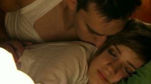 Criss & Vlad - Cine esti      Cristina Ciobanasu si Vlad Gherman,  http://www.emonden.co/new-single/criss-vlad-cine-esti
