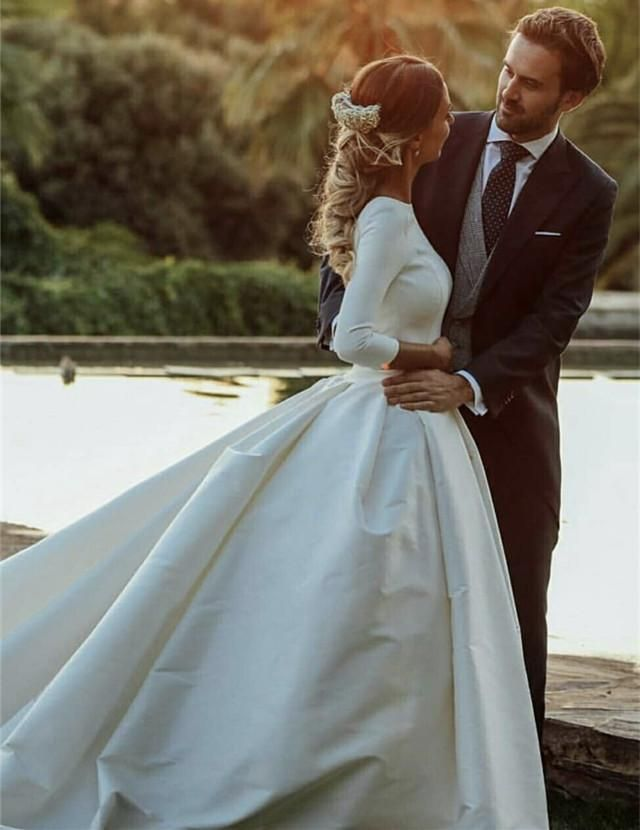 Modest Wedding Dresses Satin Ball Gowns with Sleeves