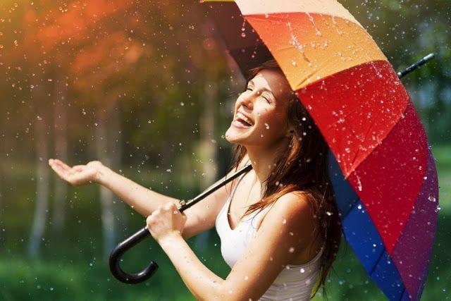 Η ευτυχία μοιάζει με βροχή, πότε πέφτει αργά και πότε καταρρακτωδώς. - Όμορφα Ταξιδια