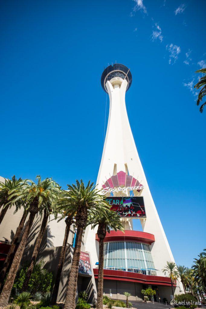 Las Vegas stratosphere Nevada Road trip USA blog voyage LoveLiveTravel