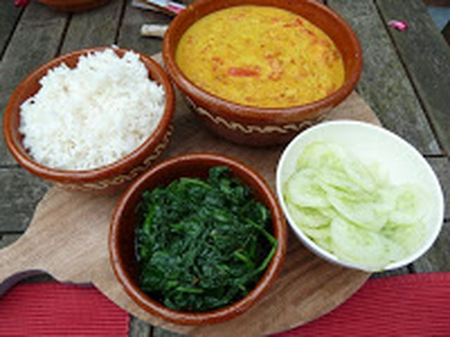 Recepten van rode split linzen. Op myTaste.nl u kunt 3 recepten van rode split linzen vinden plus vele duizenden meer.