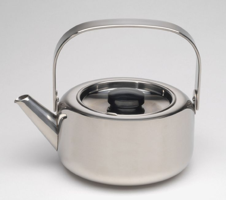 Tea Kettle Model TS-110B Designed by Timo Sarpaneva Made by Opa Oy, Helsinki Designed 1970