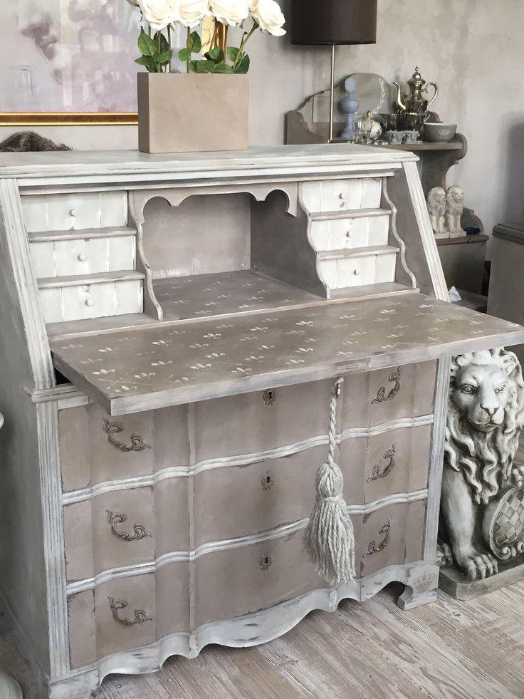 sekret r antik schreibtisch vintage shabby chic grau lilie fassmalerei diy kreidefarbe the. Black Bedroom Furniture Sets. Home Design Ideas