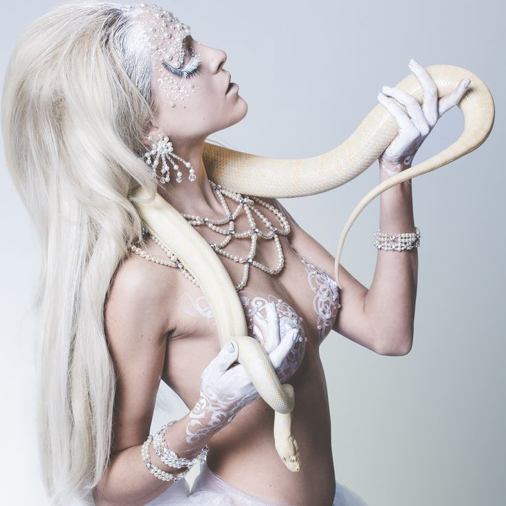 Pearl Lace Collar with Angel's Wing's earrings. Photography: Moana Barroso HMUA & BodyArt: Angie Y Model: Tiffany Winteler Design: Tarese Klemens Jewellery: Nikki Stevens Designs
