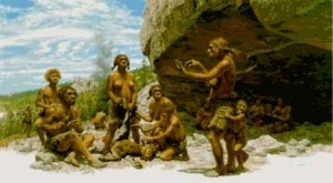 El reciclaje de herramientas de piedra durante la Prehistoria es un tema escasamente tratado debido a las dificultades para verificar esta práctica en el registro arqueológico. Sin embargo, es posible encontrar evidencias, como demuestra un estudio publicado en la revista Journal of Archaeological Science. + info: http://www.ecoapuntes.com.ar/2012/10/los-humanos-ya-reciclaban-hace-13-000-anos/