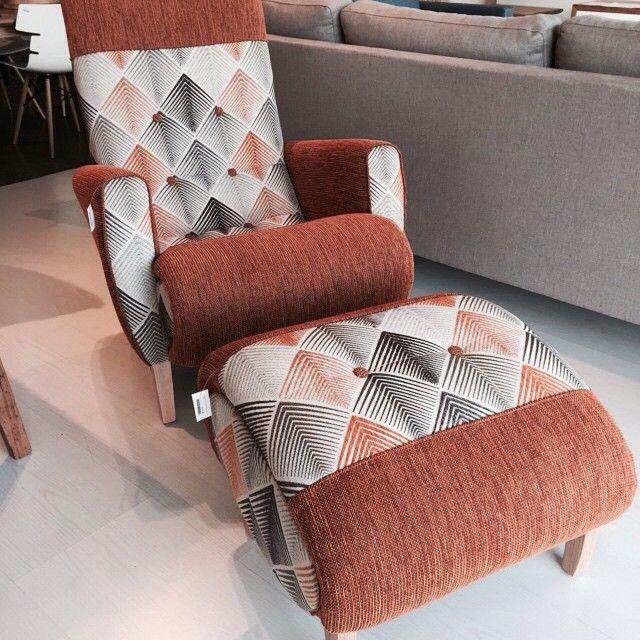 Sleepy Hollow Arm chair with footstool