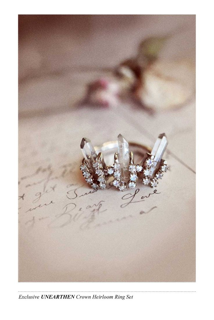 The Bona Drag CEREMONIAL COLLECTION - Exclusive Unearthen Crown Heirloom Ring Set
