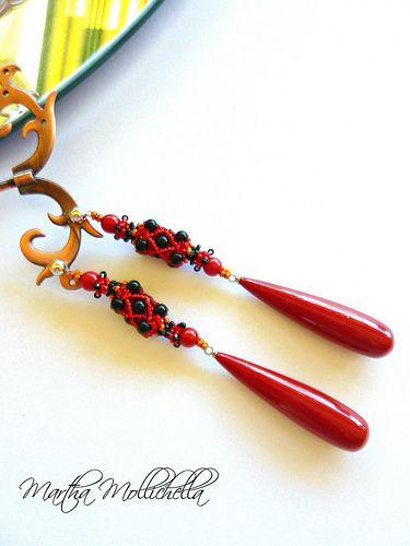 Handmade earrings with long drop by www.marthamollichella.com - Lacasinaditobia Lacasinaditobia