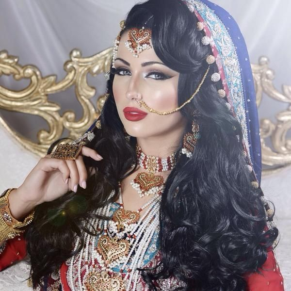 Best 25+ Pakistani Bridal Makeup Ideas On Pinterest | Pakistani Makeup Style Pakistani Bride ...