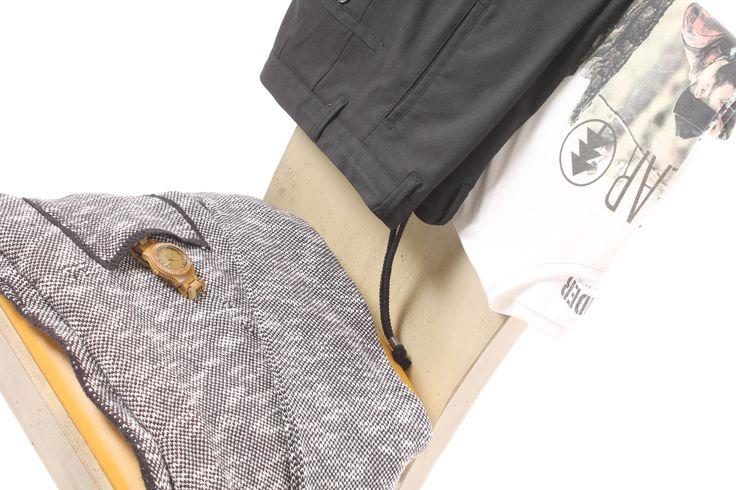 Giacca in maglia di misto lana fantasia pepesale http://www.luanaromizi.com/it/giacche-uomo/giacca-in-maglia-di-misto-lana-fantasia-pepesale.html T-shirt stampata manica corta in puro cotone http://www.luanaromizi.com/it/t-shirts-polo-uomo/t-shirt-stampata-manica-corta-in-puro-cotone-.html Pantalone baggy elegante in cotone stretch cavallo basso http://www.luanaromizi.com/it/pantaloni-uomo/pantalone-baggy-elegante-in-cotone-stretch-cavallo-basso-.html