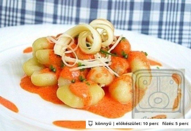 Gnocchi sültpaprika krémmel és parenyicával