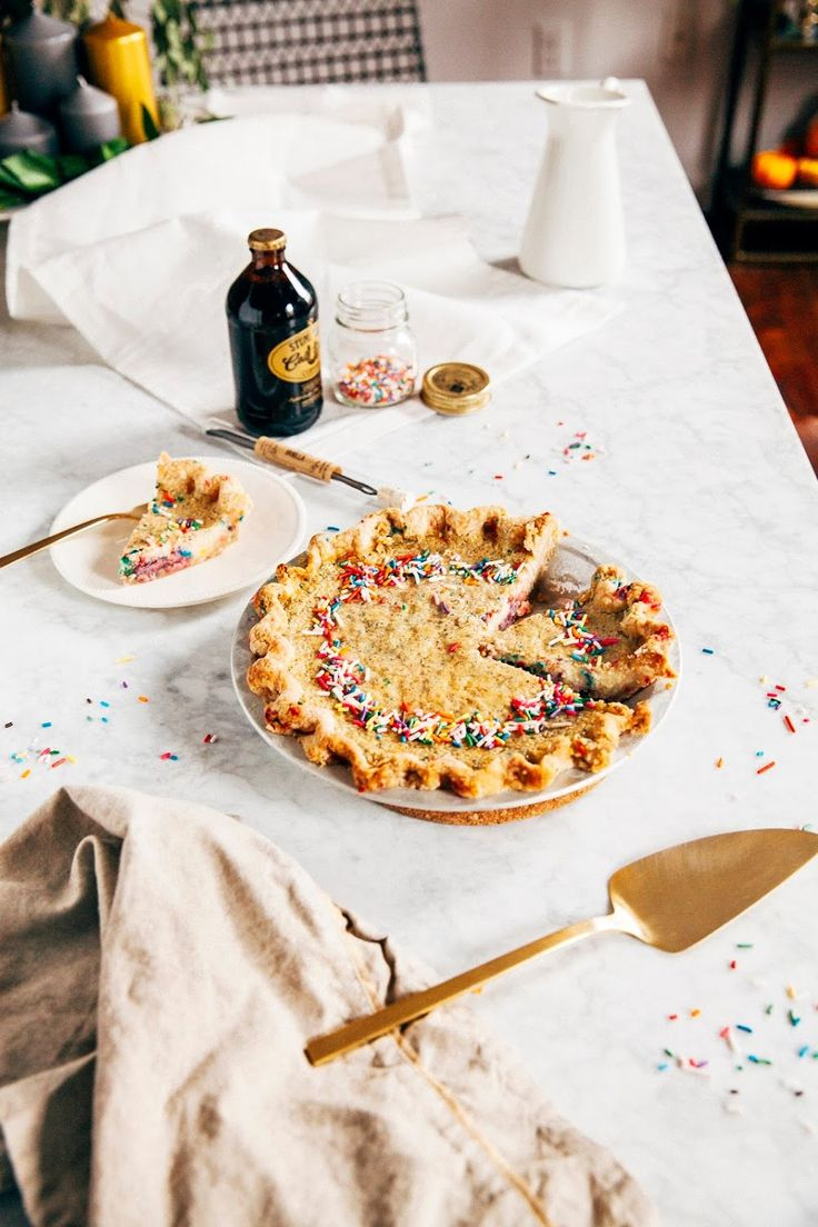 funfetti buttermilk chess pie + 12 months of #humhipieamonth - hummingbird high || a desserts and baking blog