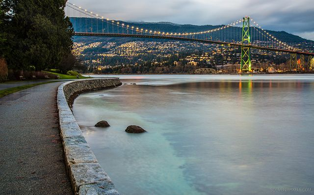 Things to do and see in Vancouver: Stanley Park Seawall [Photo Credit: James Wheeler, via Flickr]