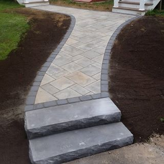 Techo-bloc walkway completed this morning in Suffield CT using Blu Champlain Grey with an Onyx Black Villagio border, along with two Rocka steps leading to the back barn. #techopro #techobloc #walkway #steps #blu #rocka #hardscapeprofessionals #outdoorlivingprofessionals #hardscapelife #hardscapebrotherhood #suffield #ct #onedayproject #efficient #doneright
