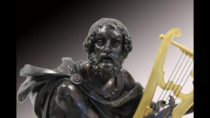 Achetez ce livre au meilleur prix : http://amzn.to/2gz6u6I Achetez la version bande dessinée : http://amzn.to/2guZudD  L'Iliade (en grec ancien Ἰλιάς / Iliás, en grec moderne Ιλιάδα / Iliáda) est une épopée de la Grèce antique attribuée à l'aède Homère. Ce nom provient de la périphrase « le poème d'Ilion » (ἡ Ἰλιὰς ποίησις / hê Iliàs poíêsis), Ilion (Ἴλιον / Ílion) étant l'autre nom de la ville de Troie.  L'Iliade est composée de quinze mille trois cent trente-sept hexamètres dactyliques et…