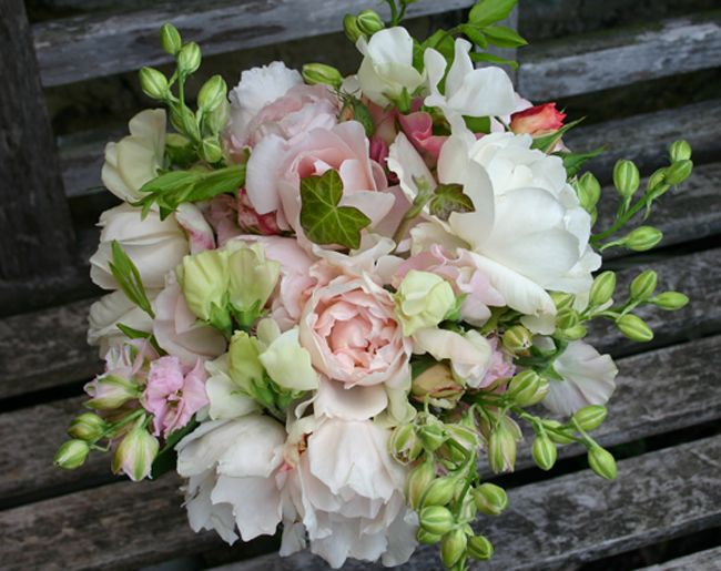 bridal bouquet from common farm flowers - Common Flowers In Arrangements