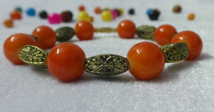 Ladies Glass Bead Bracelet for Panach
