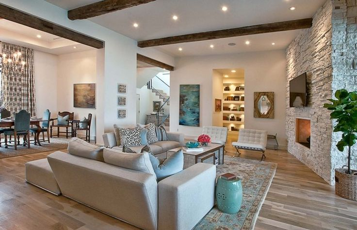 Cat Mountain Residence avec touche exotique par Cornerstone Architects