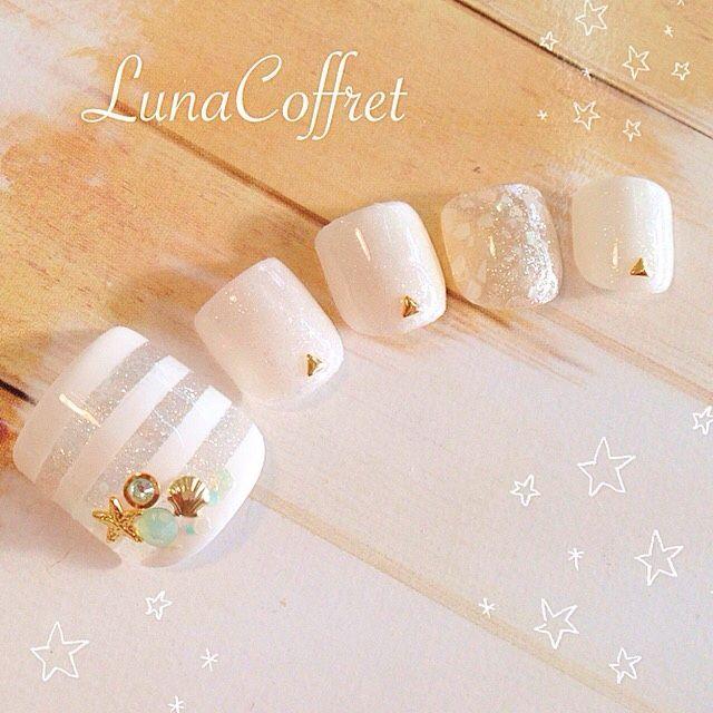 ネイル 画像 Luna Coffret 大森 920715 ホワイト ボーダー 夏 ソフトジェル フット