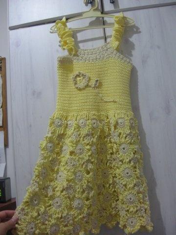 Crochet Pattern For Flower Girl Dress : 1000+ images about Baby Dress Crochet Patterns on ...