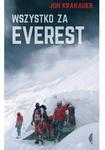 Kiedy 10 maja 1996 roku trzy ekipy jednocześnie dokonywały ataku szczytowego, nad Mount Everestem zerwała się burza. Zaczęła się mordercza walka o przetrwanie. Jon Krakauer przeżył.  Książka Wszystko...