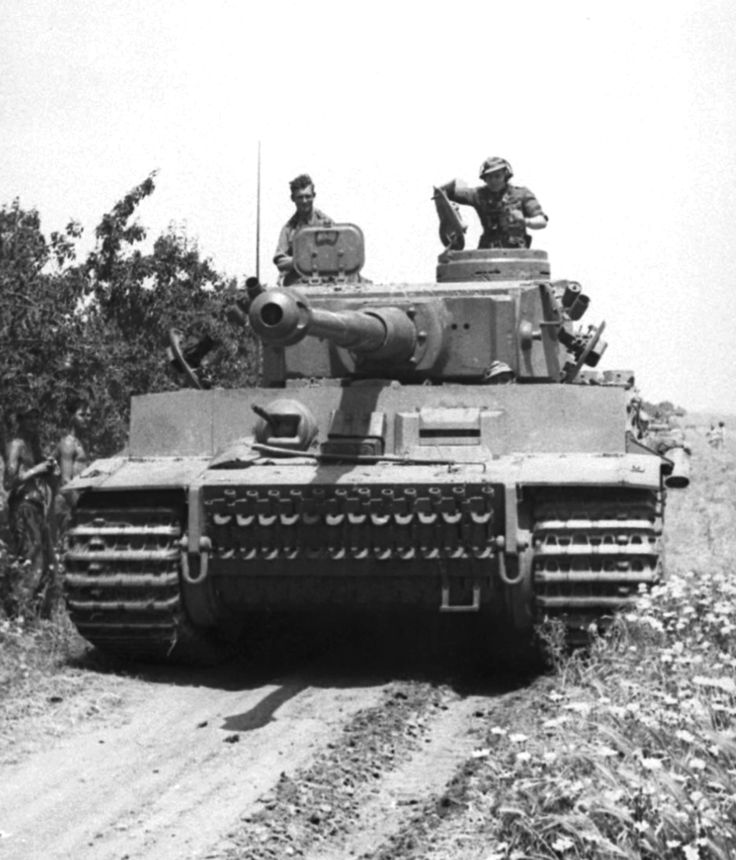 A Tiger of the schwere Panzer-Abteilung 501 in North Africa during the spring of 1943. The fighting here showed the absolute superiority of the Tiger over any Allied tank. schwere Panzer-Abteilung 501 destroyed more than 150 Allied tanks in North Africa while losing only eleven Tigers (only three were destroyed by enemy fire) for a kill ratio of 13.6 enemy tanks destroyed for every Tiger lost.