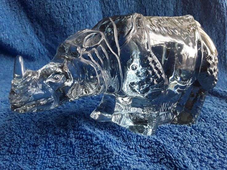 Sweden Reijmyre Paul Hoff art glass rhino figurine WWF animal rhinoceros limited #Reijmyre #PaulHoff