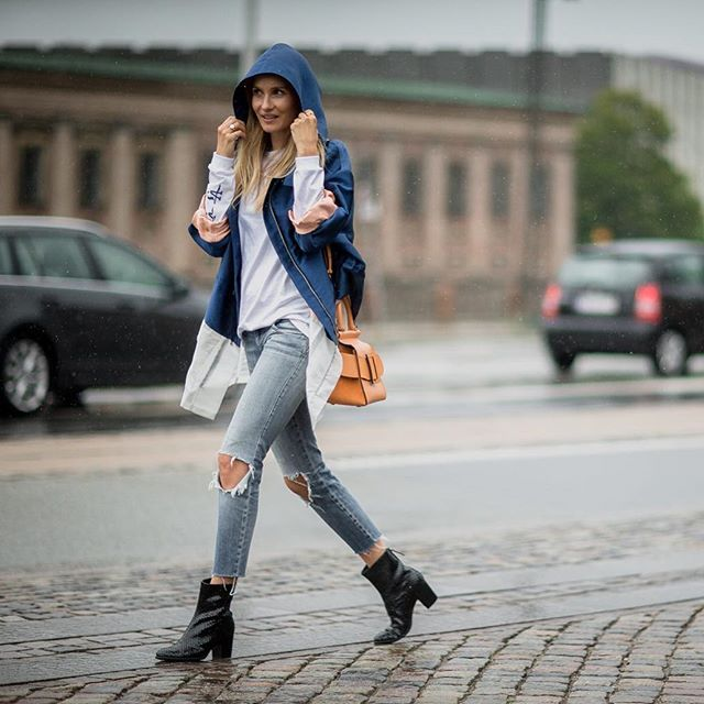 ECCO SHAPE boot on the go - here featured on @hannigohr at the CPH Fashion Week…
