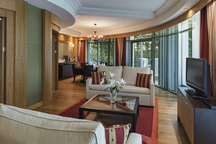 Superior Villa Living Room