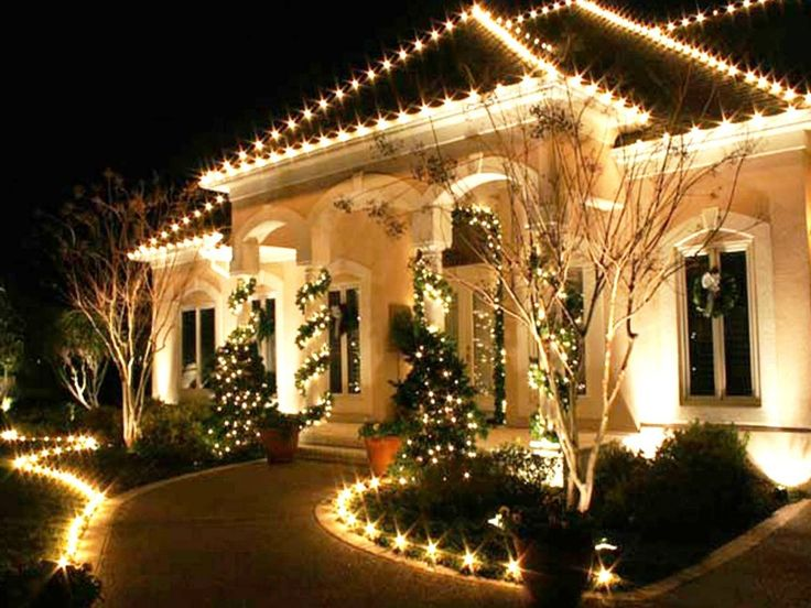 Best Exterior Decoration For Christmas | ... :Ideas For Christmas Exterior  Design With