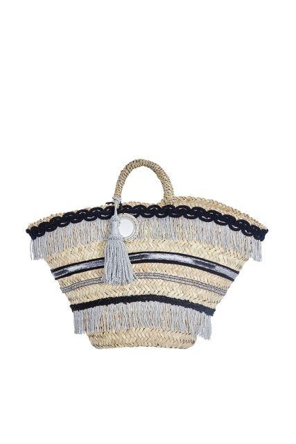 Сумка из соломы и хлопка Micaela Spadoni - Объемная и вместительная соломенная сумка: по всему периметру декорирована серой бахромой в интернет-магазине модной дизайнерской и брендовой одежды