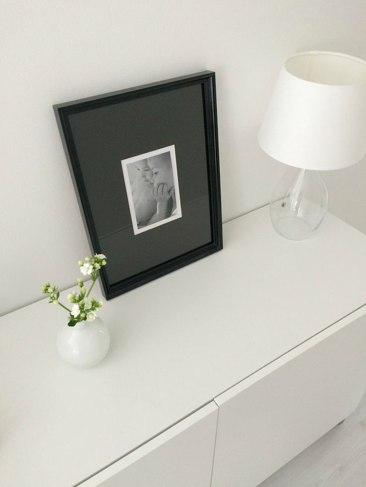 Hannas Home / hallway / interior details / black and white photography