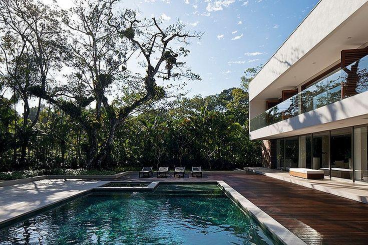 Guarujá+Residence+by+Patricia+Bergantin+Arquitetura