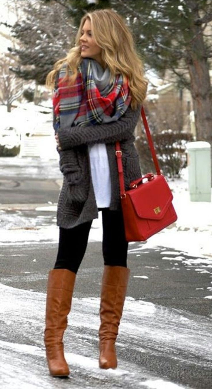 Grey and red is adorable! Doesn't this just look cozy? #womenclotheswinter